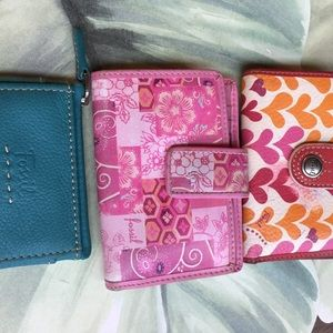 FOSSIL (3) ACCESSORIES 2 VINTAGE WALLETS & ID
